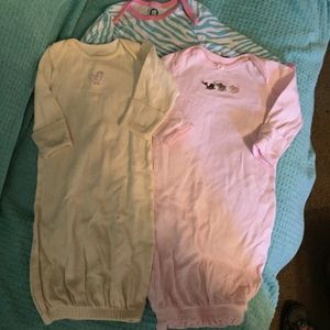 3 Gowns Baby Girl Size 0-3 months Carter's Gerber